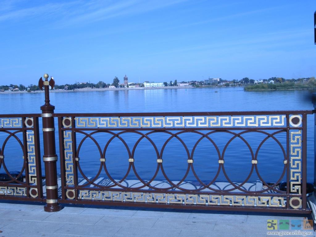 прободает поперечную ограды набережных москва реки фото картинки лепестки несложно