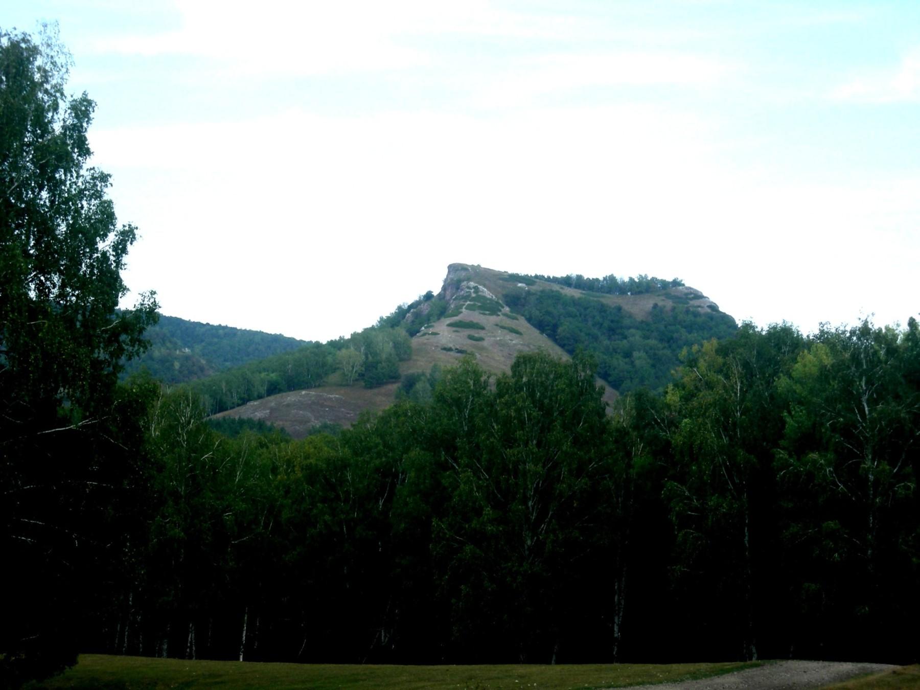 Седло-гора - куда пойти и где отдохнуть. Достопримечательности и ... | 1350x1800